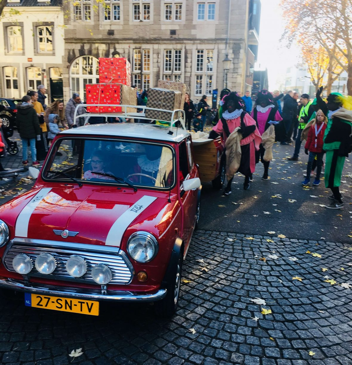 Mini Mobile Sinterklaasintocht Adventurecook catering op locatie